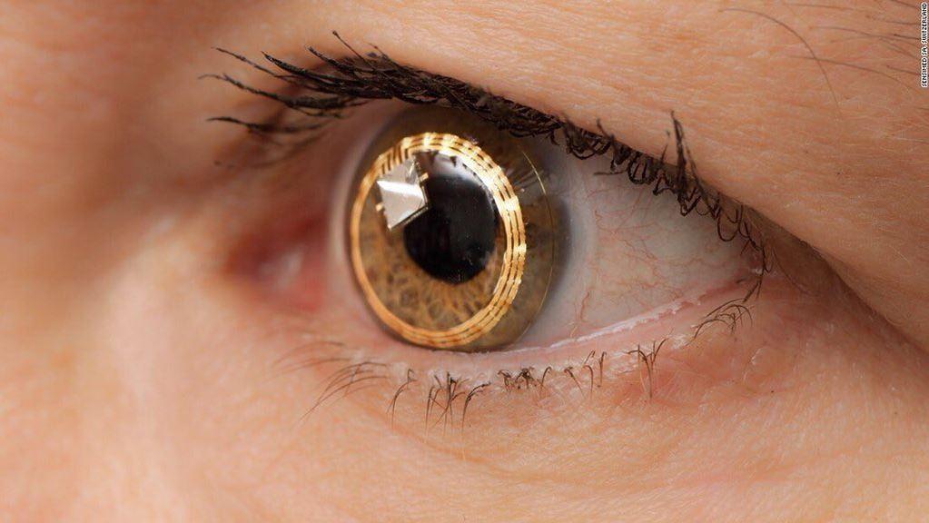 Zoom Yapan Optik Lens Yolda
